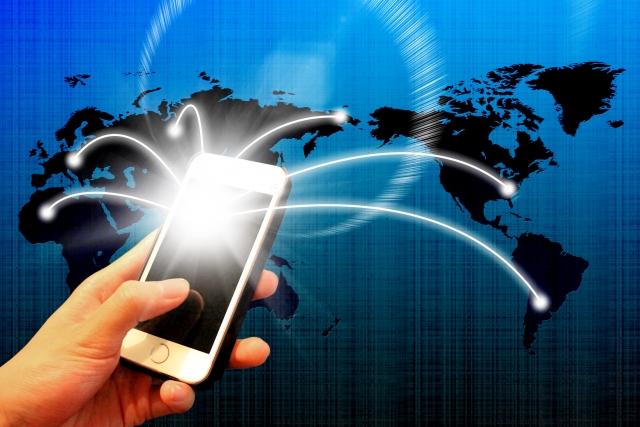 スマホは個人のものでも番号はしっかり会社番号で対応。顧客満足度の向上とプライバシーの保護の両方が図れます。