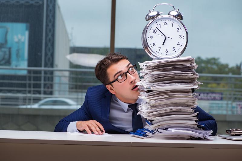 労働時間から見る勤怠管理の重要性