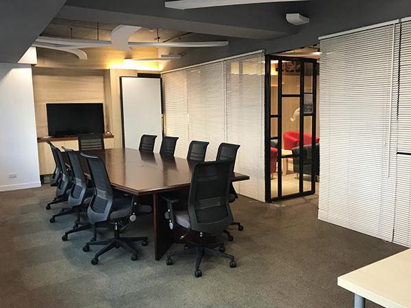 レンタルオフィス実例:会議室