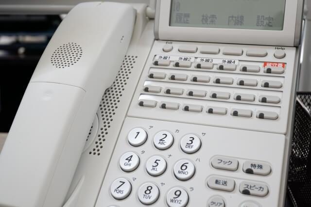ビジネスフォンをレンタルで導入する際のメリット・デメリット