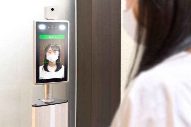 顔認証システムと連携した勤怠管理